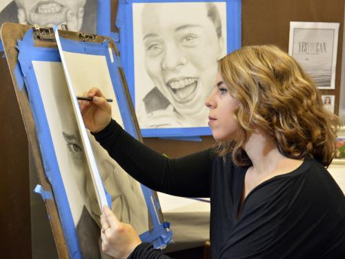 Jennifer Varvano working in studio