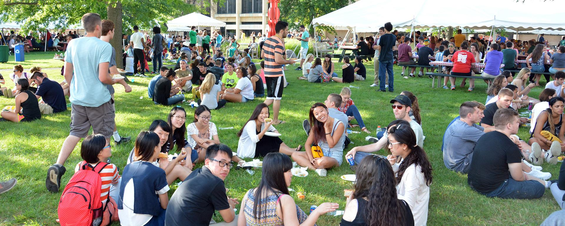 Students at welcome picnic